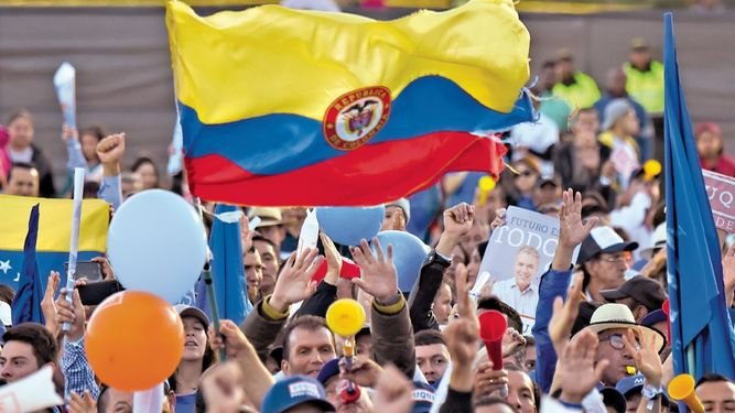 La izquierda podría resurgir tras elecciones en Colombia