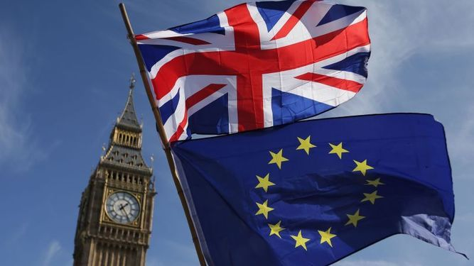 Plan de 'brexit', sin acuerdo para evitar caos financiero