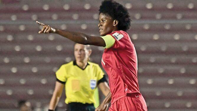 'Nunca es tarde para dejar de soñar', señala la futbolista Natalia Mills