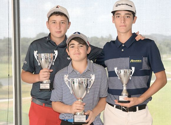 Samuel Durán destaca entre los premiados del golf
