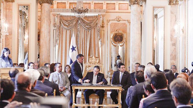 Restaurarán dos históricos salones de la Presidencia