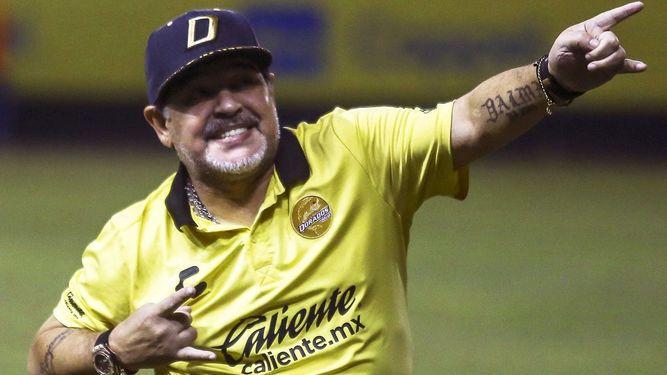 Maradona, solidario con el senegalés Koulibaly, víctima de ataques racistas