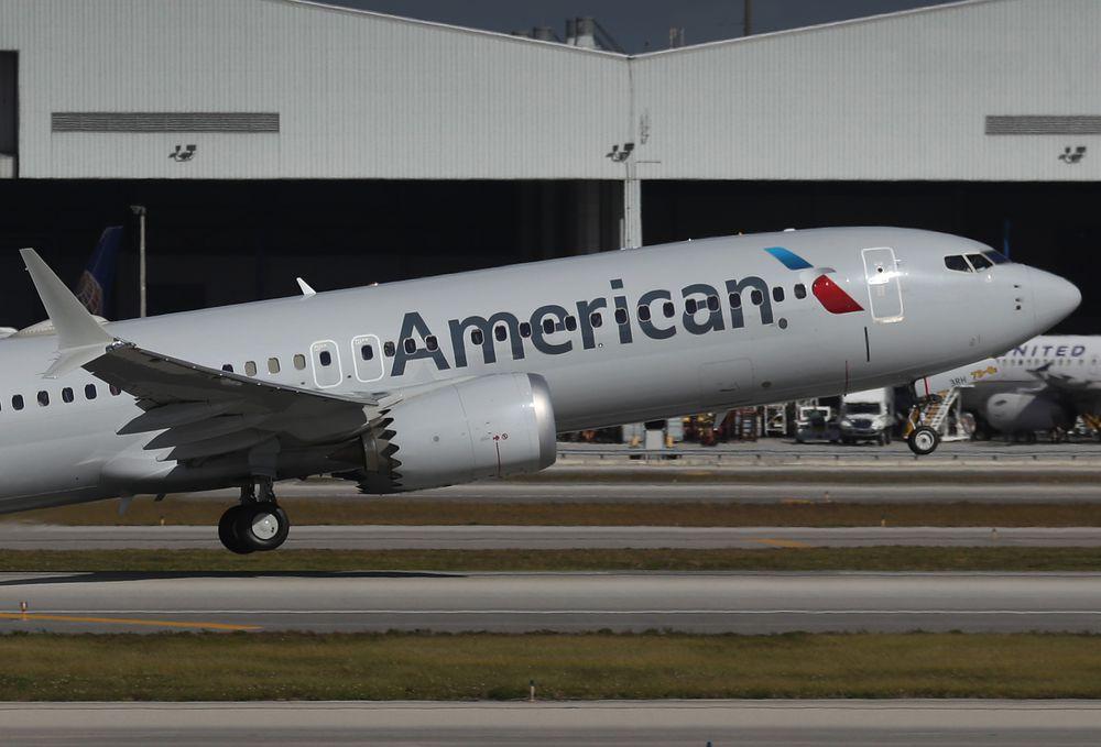 American Airlines obtiene primeras ganancias trimestrales desde que comenzó la pandemia