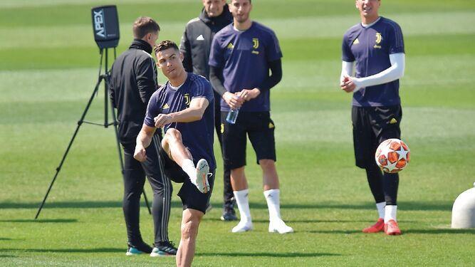 Cristiano Ronaldo está listo para jugar hoy contra el Ajax