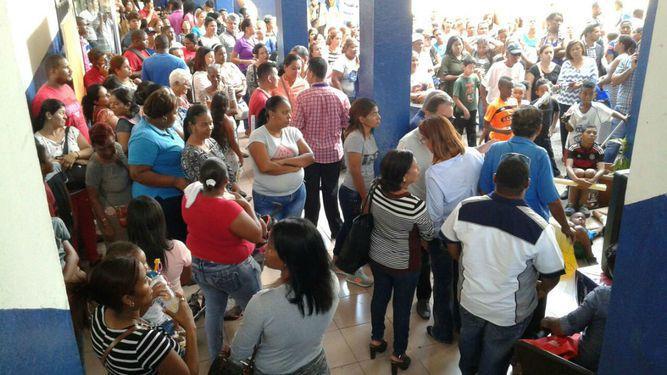 Meduca notifica a padres de familia que escuela República de Venezuela será cerrada