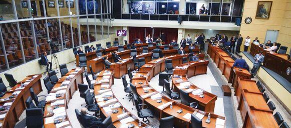 Diputados se resisten a cambios en el Legislativo; se enfocan en el Ejecutivo
