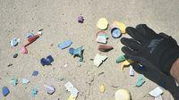 Las Perlas se sacude el plástico