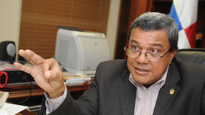 Archivan denuncias presentadas contra Eduardo Peñaloza