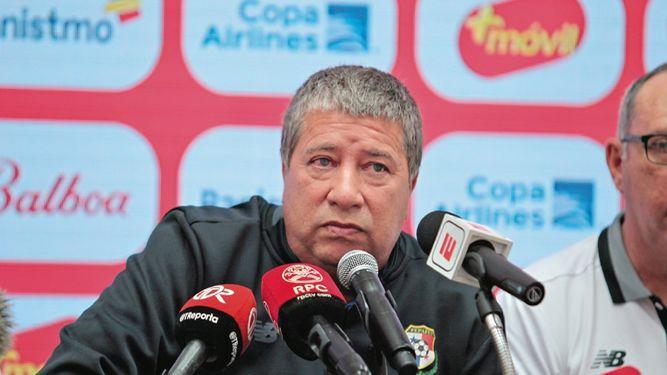 Bolillo se emocionó en conferencia de prensa