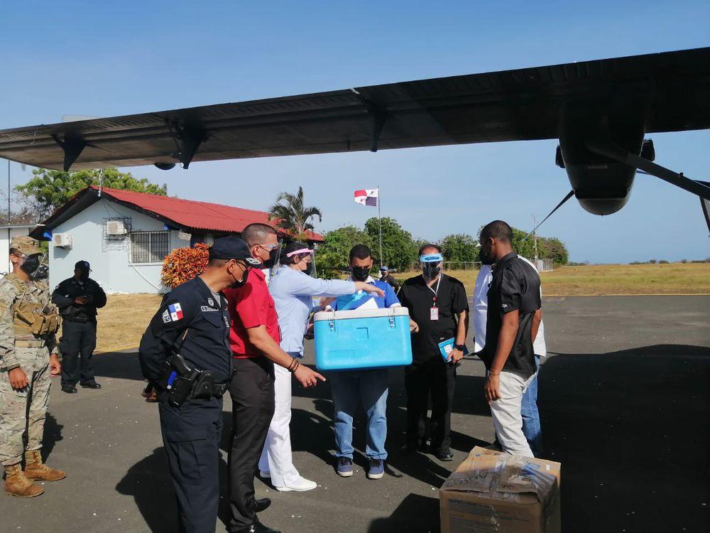 Panamá reanuda plan de vacunación contra la Covid-19; en Chiriquí inyectan a adultos mayores en asilos