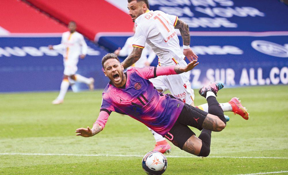 El PSG sale por la remontada con bajas