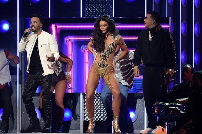 Bruno Mars el gran triunfador de los Grammy
