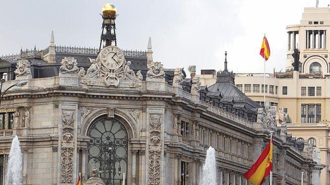 Rebajan estimación de crecimiento de España a 2.5%