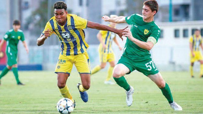 Panameño Guerrero concreta triplete de goles con Maccabi