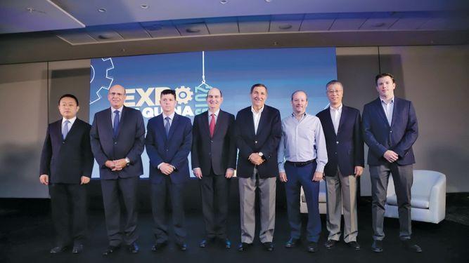 Adimaq presentó foro dictado por el economista Felipe Chapman