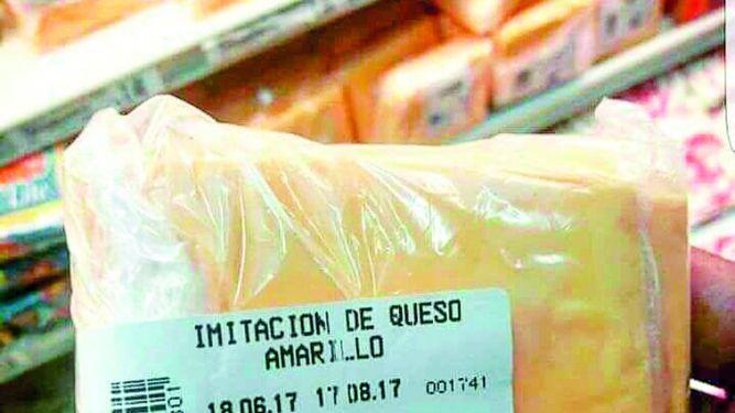 Regulan venta de imitación de queso