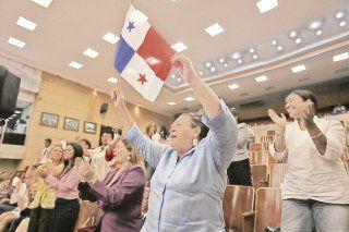 Mujeres buscan repercutir en la agenda política