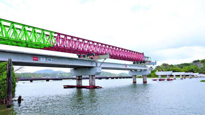 Nuevo puente de Gamboa comienza a tomar forma