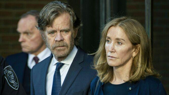 La actriz Felicity Huffman empieza a cumplir pena de cárcel