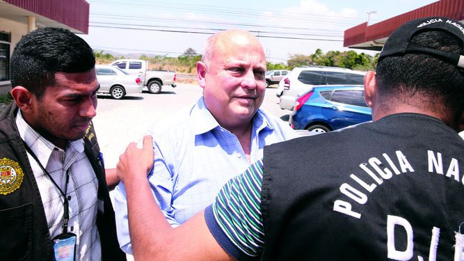 Otorgan fianza de $100 mil a Richard Fifer por caso de estafa
