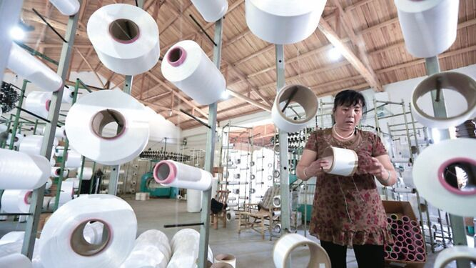 Industria mexicana se contrae a niveles mínimos históricos