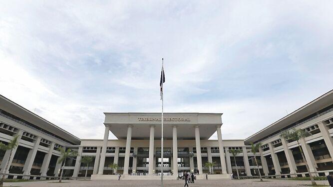 Futuro político del expresidente Martinelli, en manos del Tribunal Electoral