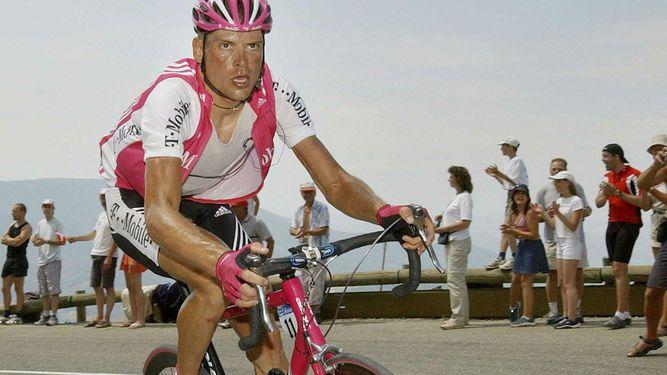 Detienenal exciclista alemán Jan Ullrich por golpear a una prostituta