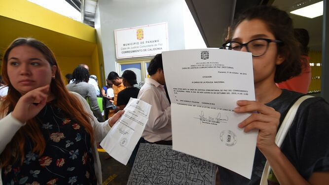 Universitarios y ciudadanos que fueron detenidos declaran ante juzgado de paz