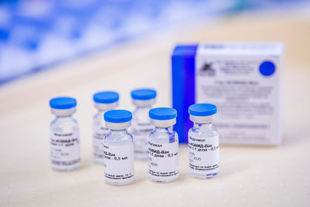 Vacuna rusa Sputnik V se producirá en Italia