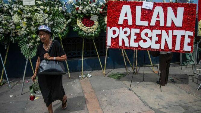 Al menos ocho personas mueren en accidente cuando acudían al sepelio de Alan García