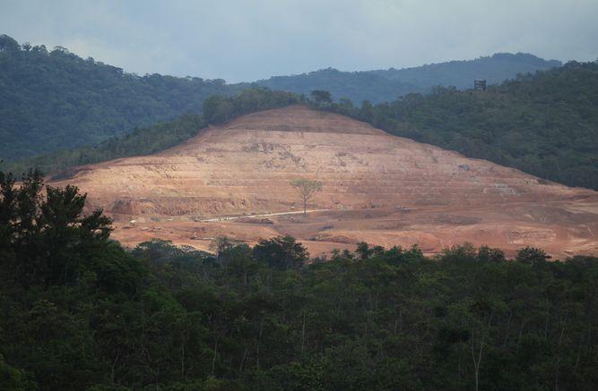 En trámite, 389 solicitudes para  explotación  minera