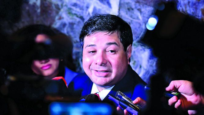 Piden sacar a Rosas de la Comisión de Credenciales de la Asamblea Nacional