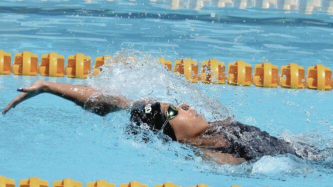 Gala de deportes acuáticos en la piscina Eileen Coparropa