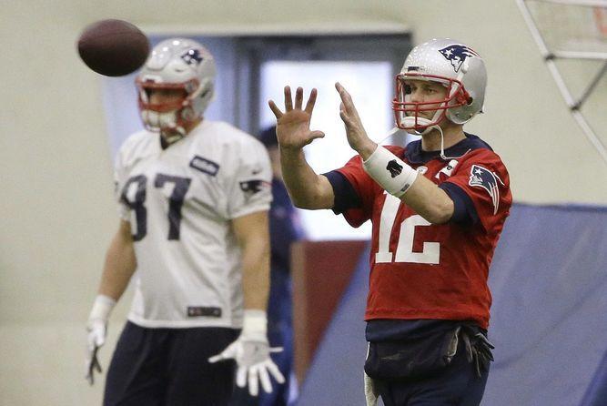 Brady intenta ser el único jugador con seis títulos de la NFL