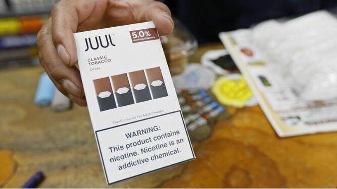 Autoridades de Estados Unidos amenazan con sancionar a Juul, marca líder del vapeo