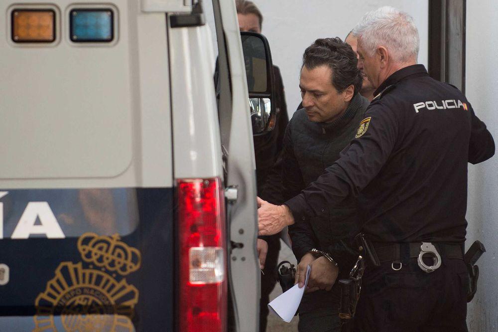 Dictan prisión preventiva sin derecho a fianza a exdirectivo de Pemex ligado a caso Odebrecht