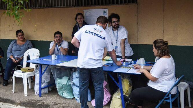Contarán nuevamente los votos en Guatemala por denuncias de fraude electoral