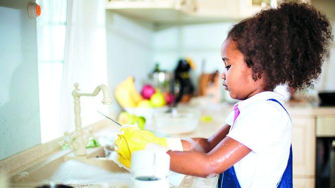 Los hijos y los deberes del hogar