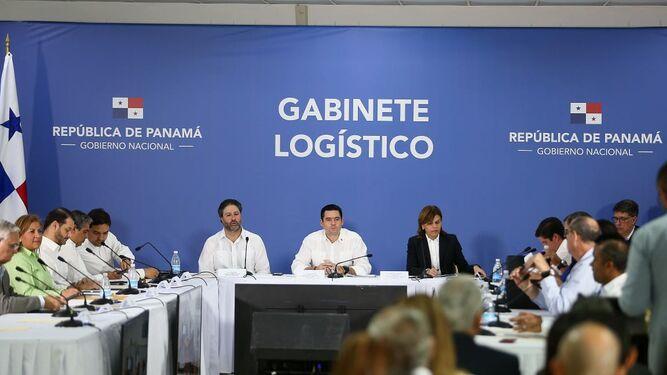 Gobierno pide diálogo a los trabajadores portuarios que están en paro