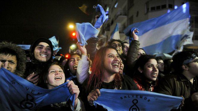 Aborto seguirá en la agenda política de Argentina