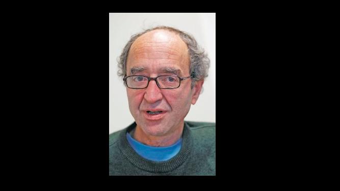 Liberan en España al escritor Dogan Akhanli