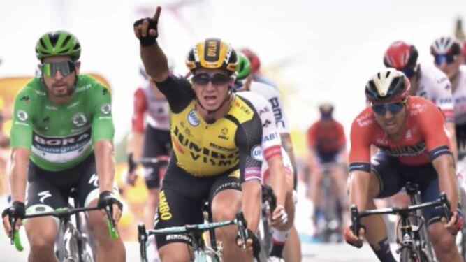 Giulio Ciccone sigue firme en el Tour