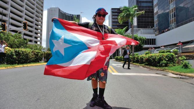 Piden a Puerto Rico recortar pago de pensiones