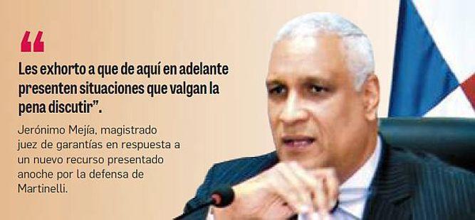 Arranca acusación a Martinelli; Mejía reprende a la defensa