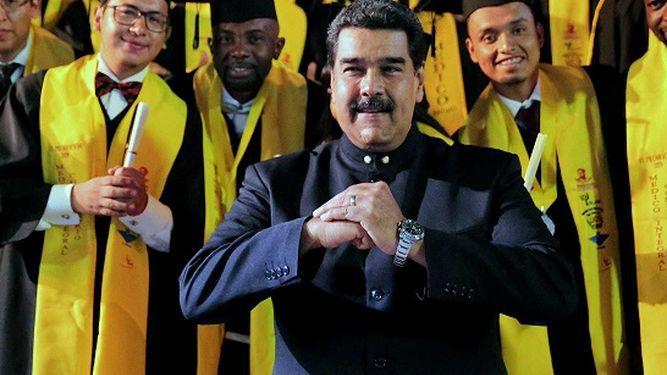 Maduro reta a Guaidó a convocar elecciones para 'darle una revolcada'