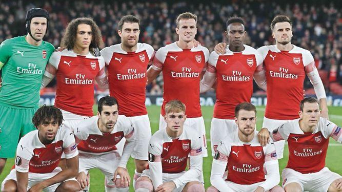 Arsenal y Chelsea marcan el camino en la Liga Europa