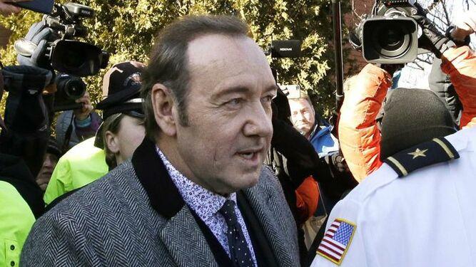 Abogados de Kevin Spacey vuelven a la corte en Massachusetts