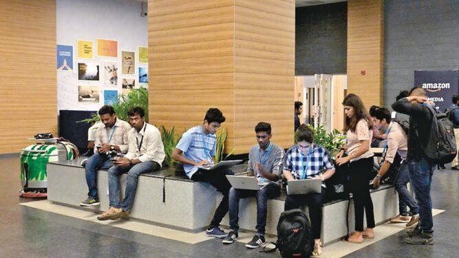 Firmas tecnológicas se disputan control del mercado indio