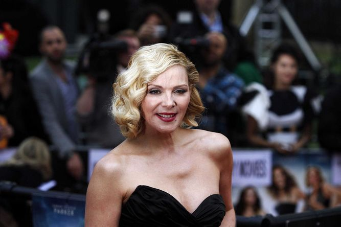 Kim Cattrall: no tuve hijos en parte por 'Sex and the City'