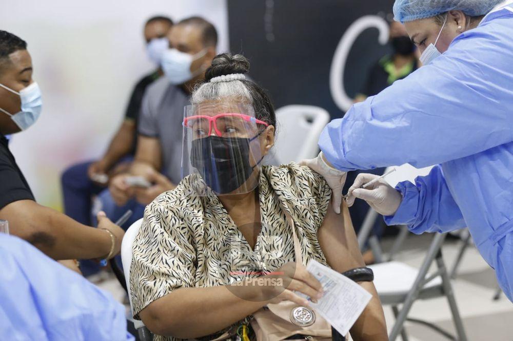 Panamá se está preparando para recibir en julio al menos 400 mil dosis por semana